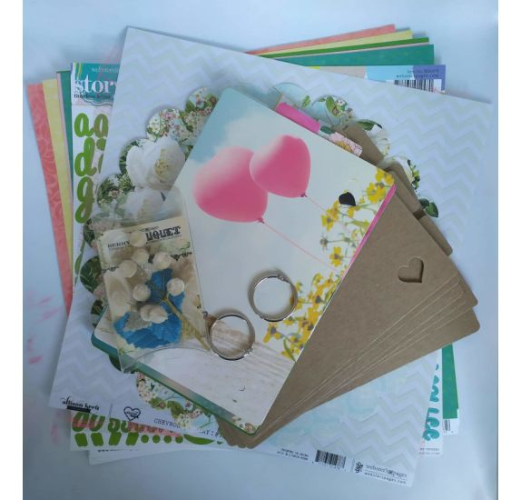Kit Scrapbooking 'Webster's Pages' Mini album Adored